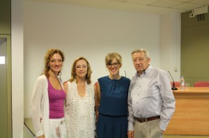 Andrea with her parents and sister Sonia